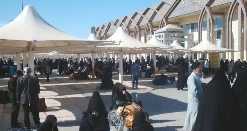 سالانه 500 هزار گردشگر خارجی از مرز مهران وارد کشور می شوند