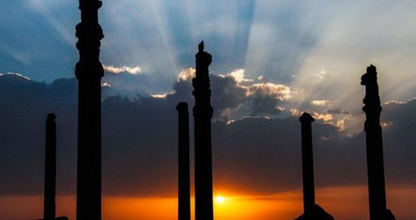 بزودی گردشگران می توانند کاخ صد ستون را بدون داربست ببینند