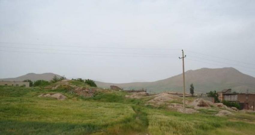 پدیدار شدن ساختارهای سنگی مربوط به لایه های باستانی در تپه شهن آباد