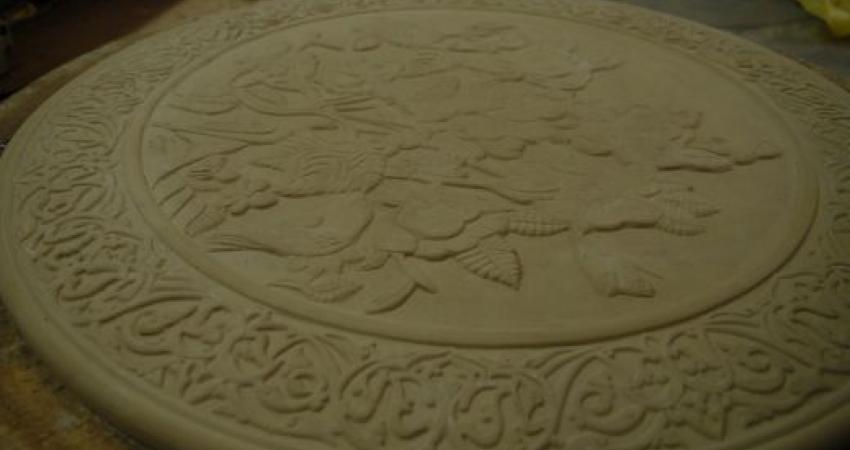 ساخت نمونه میز قهوه خوری سرامیکی قاجار