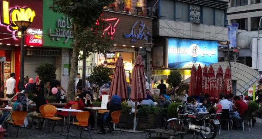 غذاهای رستوران ها ناسالم تر از فست فودها