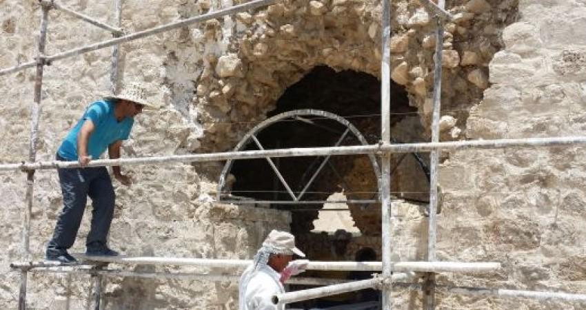 مرمت چهارطاقی های ساسانی