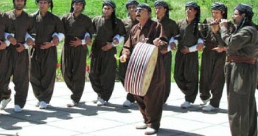 دانشنامه آیین های ایرانی منتشر می شود