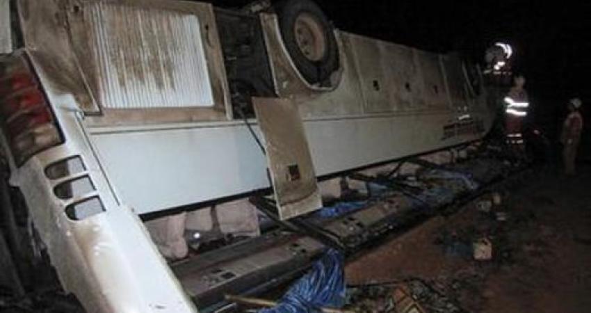 واژگونی اتوبوس زائران عراقی در جاده ملایر 11 کشته بر جای گذاشت