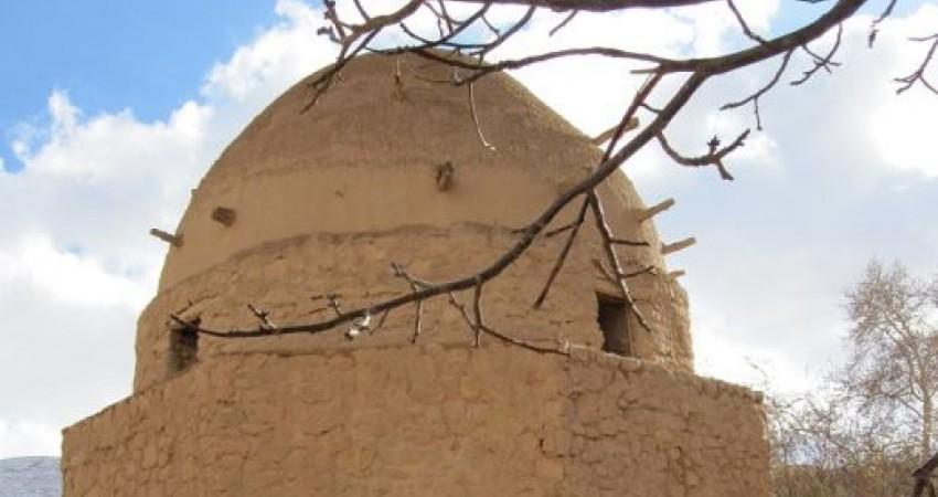 بناهای تاریخی اسفراین بر اثر زلزله آسیب دیدند