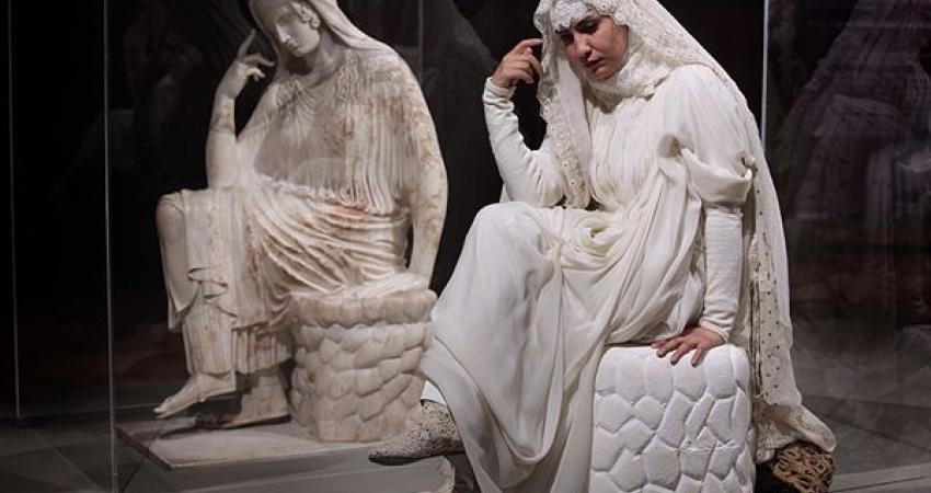 پنه لوپه هدیه صلح یونانی ها در موزه ملی ایران
