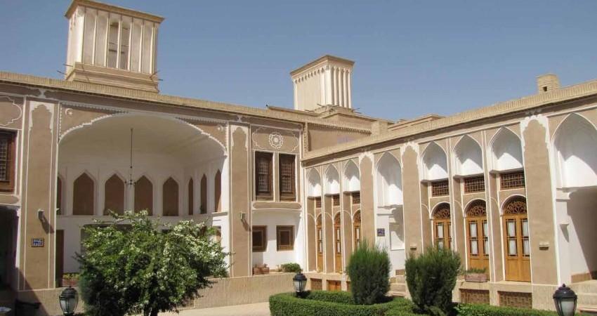 بلاتکلیفی وعده ساخت 60 هتل پر ستاره