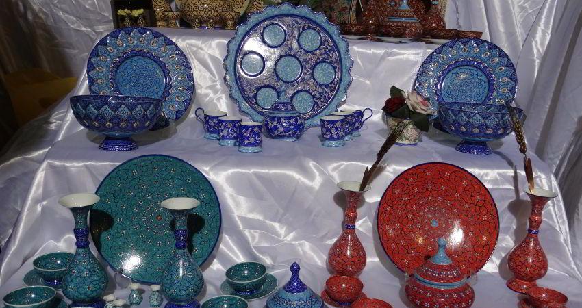 پلمپ 14 فروشگاه صنایع دستی در میدان نقش جهان