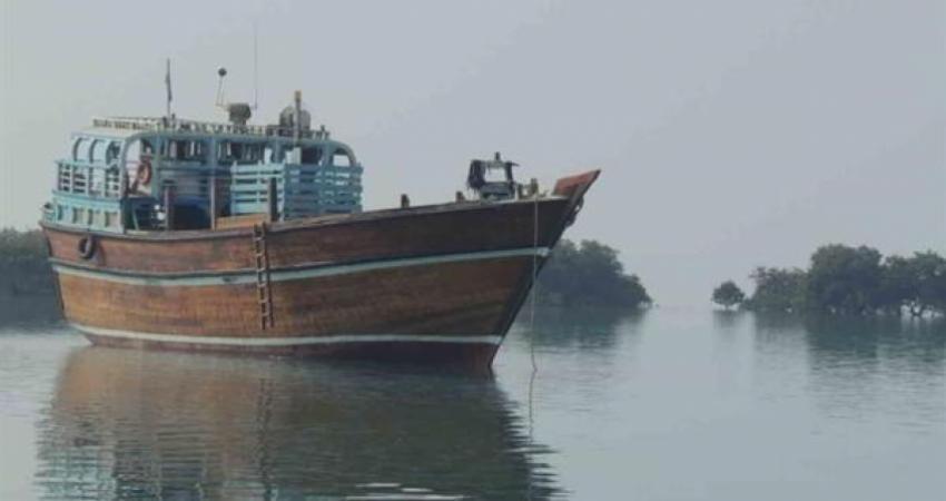 فعالیت نخستین شناور چوبی گردشگری کشور در قشم