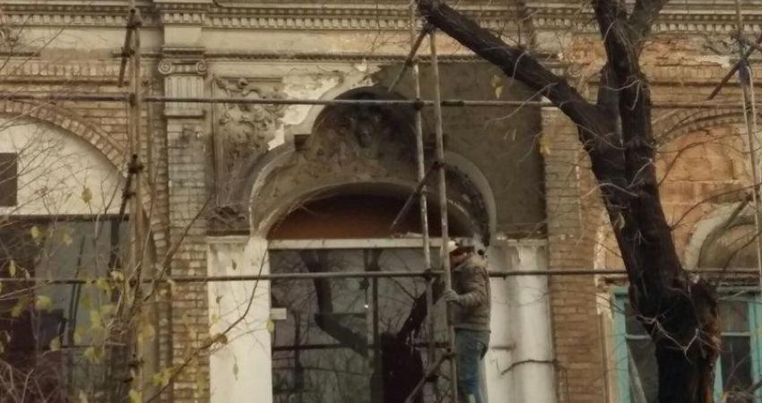 """توضیحات """"سازمان زیباسازی"""" درباره مرمت جداره های خیابان سعدی"""