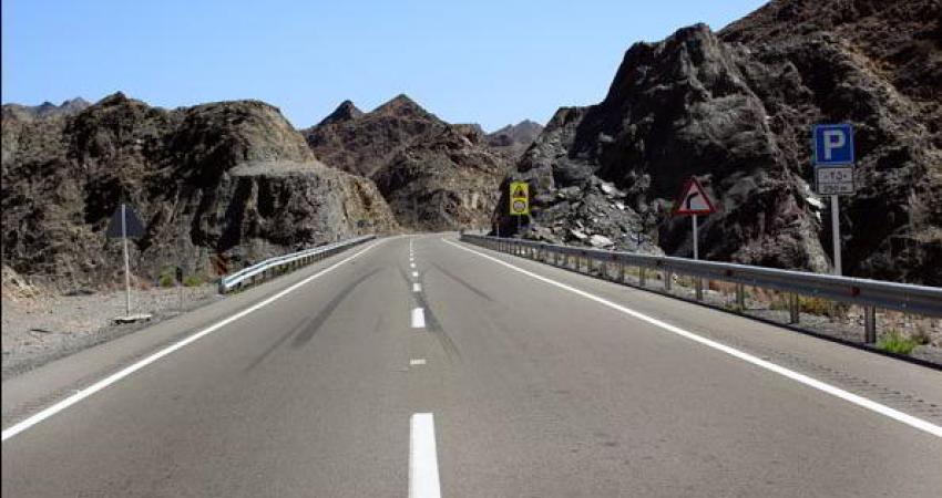 نصب 3700 مسیرنما در محورهای ایرانشهر و دلگان