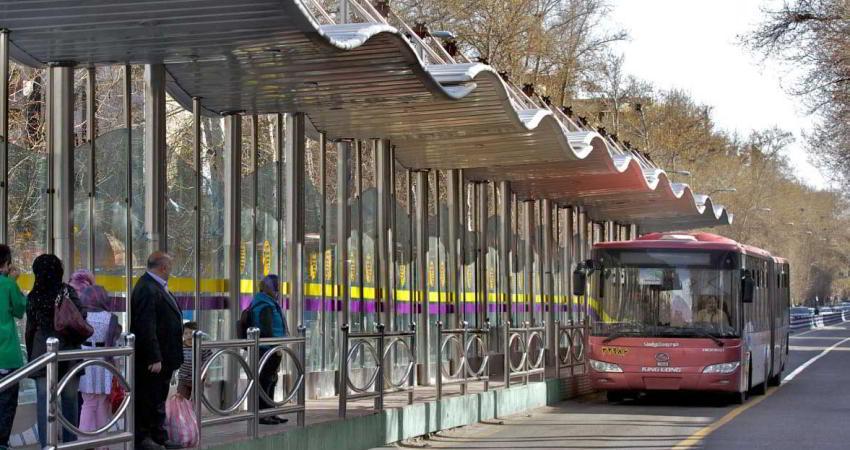 در اتوبوس های BRT نقشه بریل نصب می شود