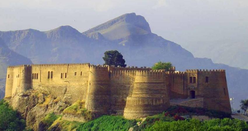 از خیابان فردوسی تا قلعه فلک الافلاک مسیر گردشگری می شود