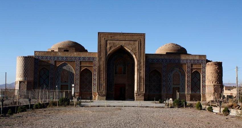 بازدید نماینده یونسکو در افغانستان از مدرسه غیاثیه خرگرد