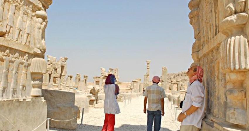 تلگراف: میل سیری ناپذیر انگلیسی ها برای سفر به ایران