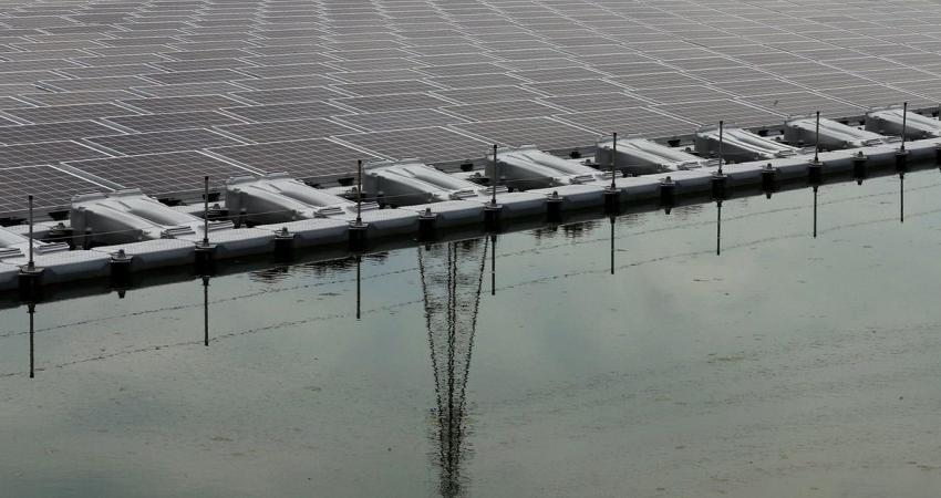 مزرعه های شناوری که در ژاپن انرژی تولید می کنند