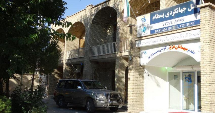 موانع پیوستن هتل های ایران به بازار آزاد