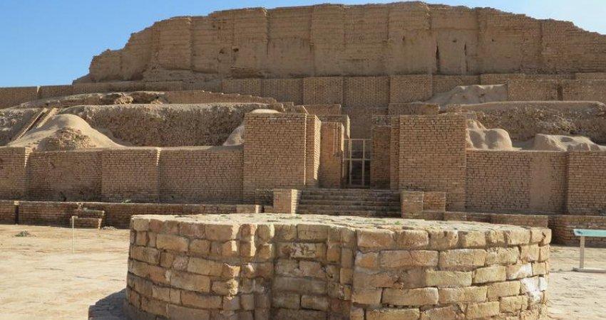 آماده سازی محوطه جهانی چغازنبیل برای گردشگران نوروزی