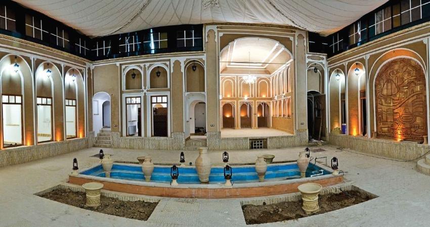 خانه گلشن میبد به لیست هتل های سنتی یزد پیوست