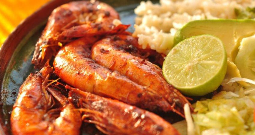 اولین جشنواره فرهنگی غذاهای دریایی استان گیلان برگزار شد