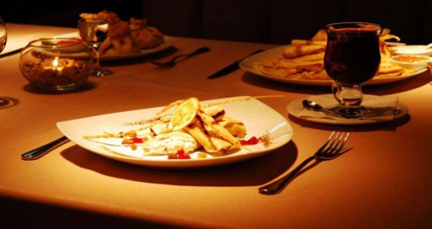 چه وقت هایی غذا خوردن در منزل صرف نمی کند؟