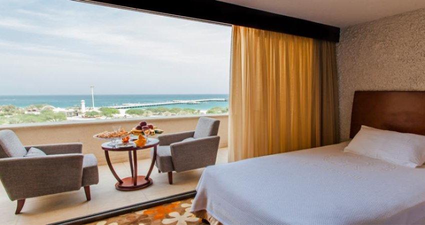 اولین هتل دریایی پنج ستاره در کیش افتتاح شد