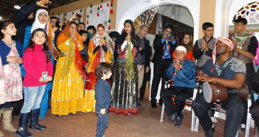 نمایشگاه بین المللی گردشگری و درخشش استان ها