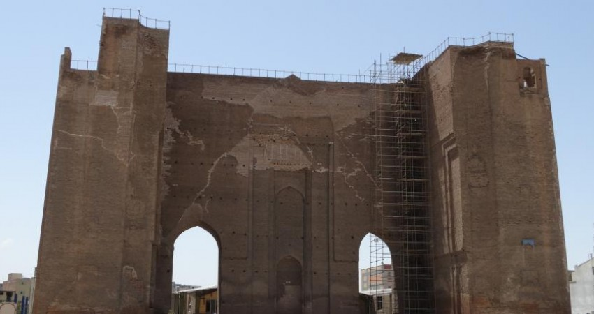 مشکل احیای بناهای تاریخی