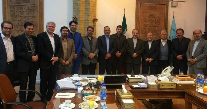 متروی اصفهان از نقش جهان نمی گذرد