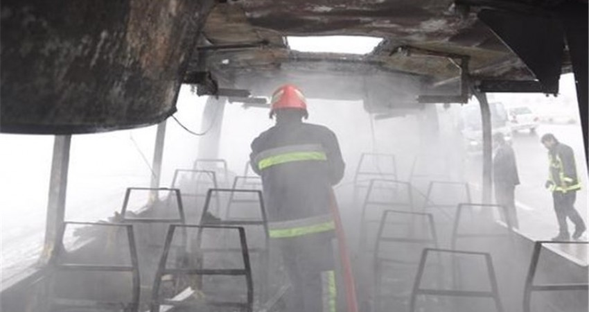 نجات مسافران اتوبوس پیش از انفجار
