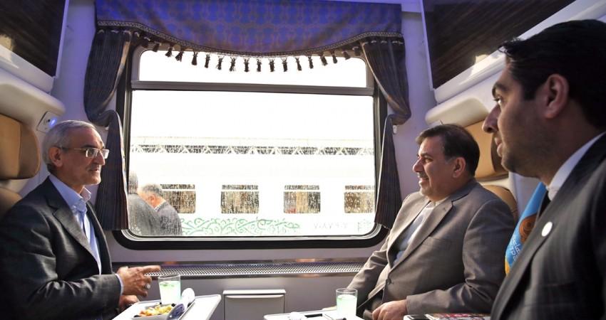 پنج طرح خدمات مسافری و پنج رام قطار به بهره برداری رسید