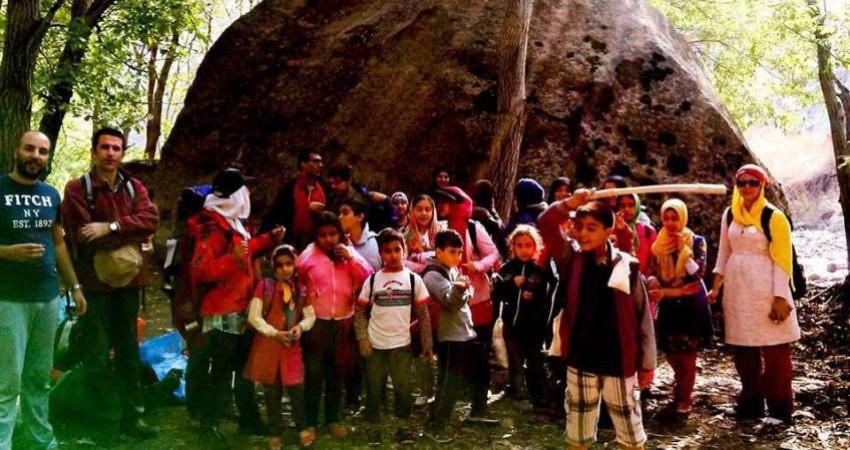 بیرون کشیدن کودکان از کنج خانه ها با کاوی کنج آغاز شد