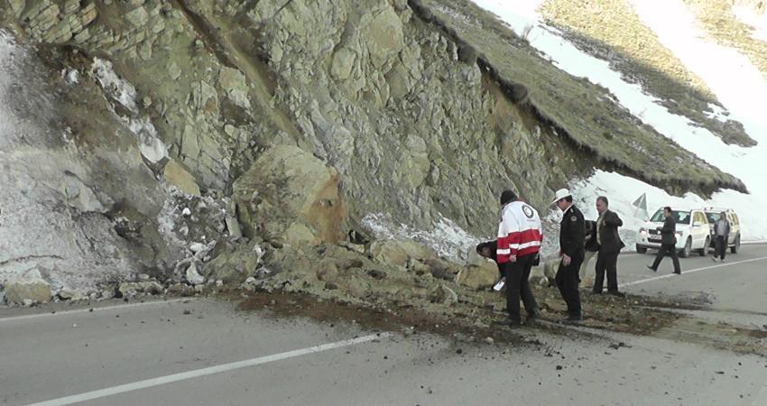 شناسایی 900 نقطه حادثه آفرین در جاده های کشور