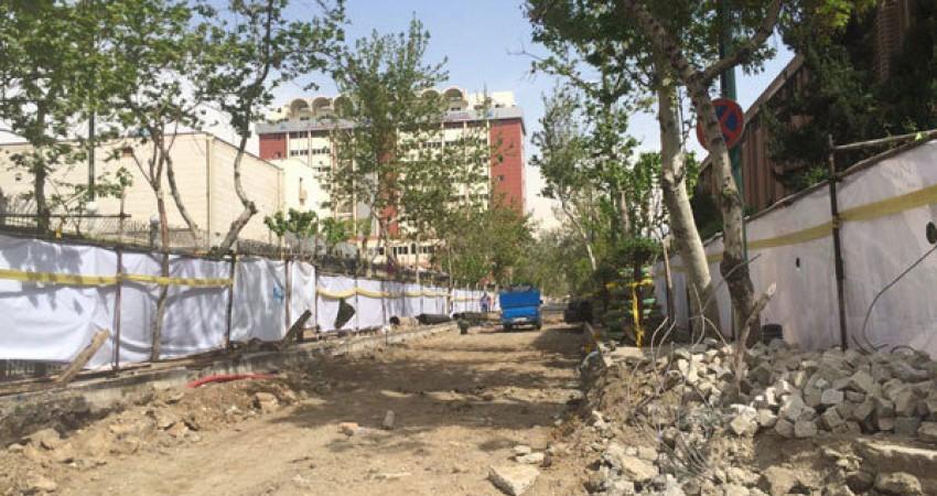 سنگفرش دوره پهلوی در خیابان 30 تیر کشف شد
