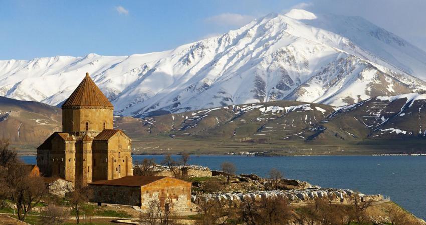 نوروز امسال 43 هزار و 500 ایرانی به وان ترکیه سفر کردند