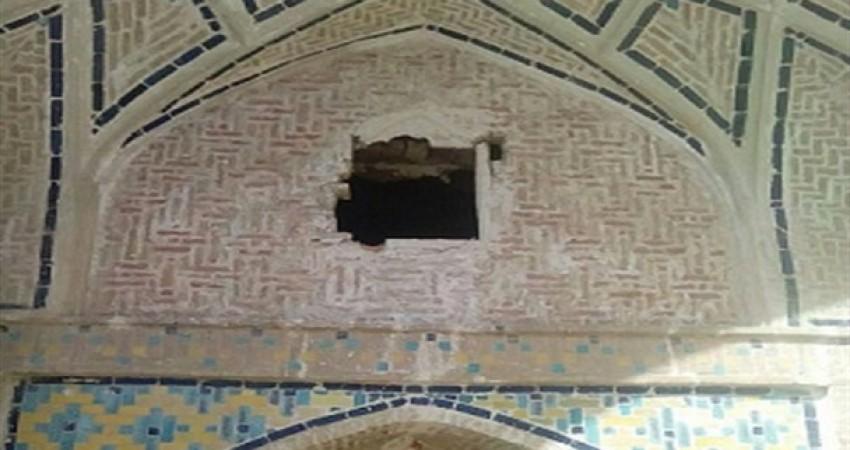 سرقت های سریالی تزئینات عمارت های تاریخی ادامه دارد
