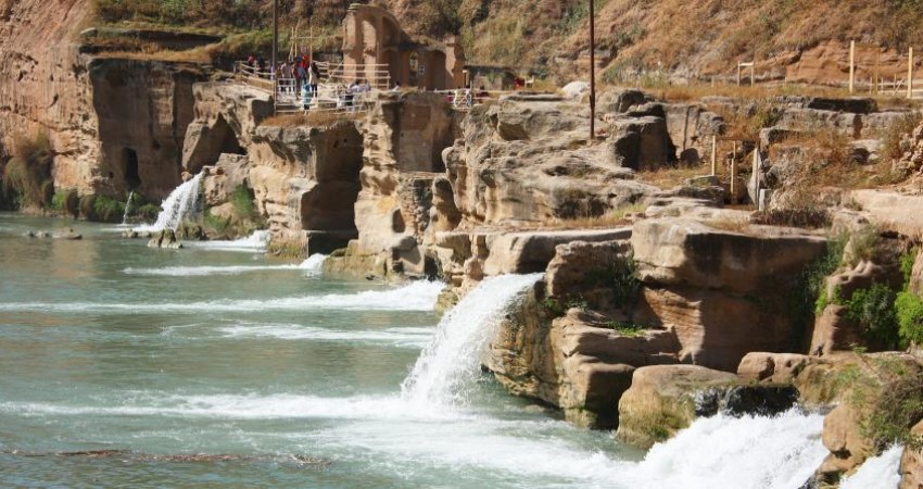 بافت تاریخی شوشتر با مشارکت شهرداری احیاء می شود