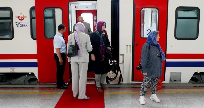 گردشگران خارجی: سفر به ایران را هیچ گاه از خاطر نخواهیم برد