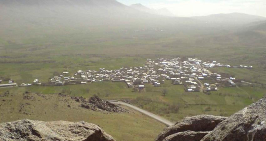 کشف سفال های 8 هزار ساله در محوطه قلعه سرسختی