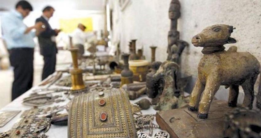 کشف محموله بزرگ سنگ های قیمتی قاچاق در مشهد