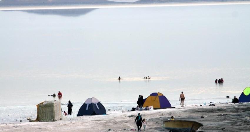 اقبال دوباره گردشگران به دریاچه ارومیه
