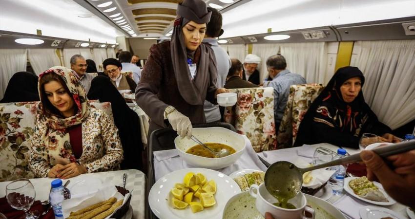 هنگام خرید بلیت قطارهای رجا، غذایتان را انتخاب كنید