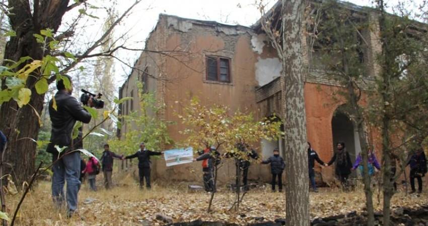 اعتراض هنرمندان و فعالان مدنی به تخریب میراث فرهنگی و تاریخی همدان