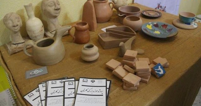 نمایشگاه گنبدکاووس در آیینه میراث فرهنگی گشایش یافت