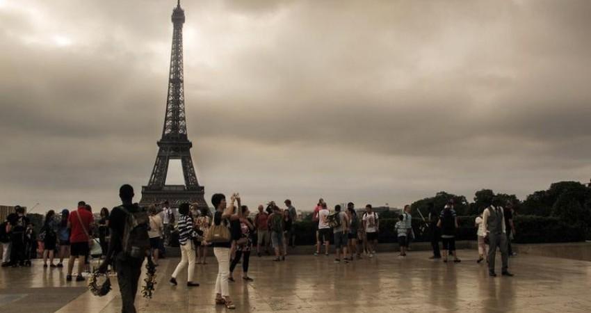 سایه تروریسم و سوانح هوایی بر گردشگری اروپا