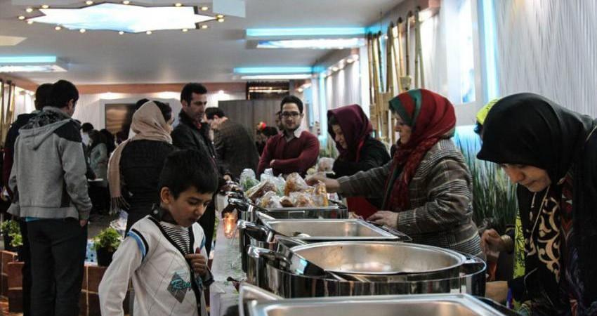 ناجا با مراکز پذیرایی بدون مجوز در ماه رمضان برخورد می کند