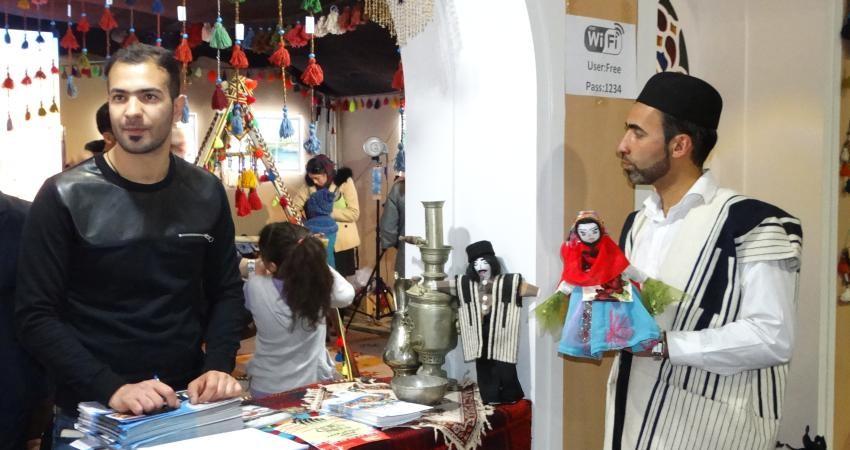 افتتاح نمایشگاه صنایع دستی در استان چهارمحال و بختیاری