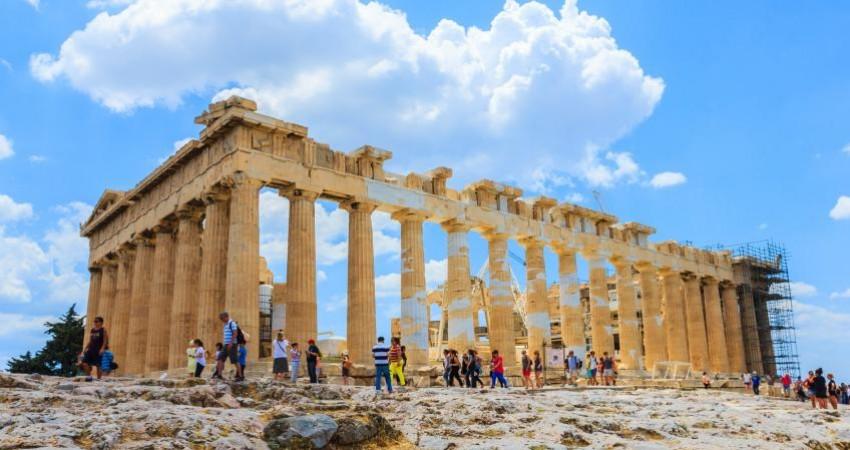 درآمد 20 میلیارد یورویی یونان از گردشگری