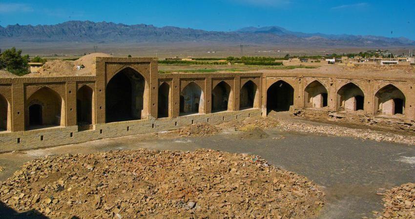بیش از 60 بنای تاریخی فارس تا پایان 96 بهره برداری می شوند