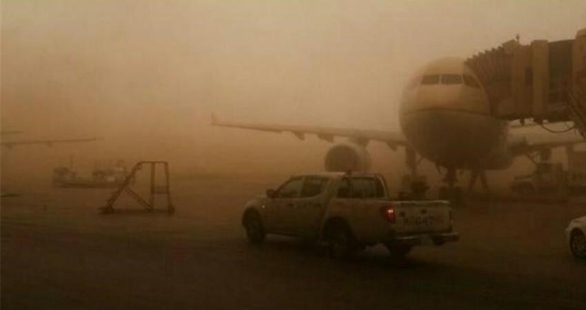 ریزگرد موجب لغو سه پرواز فرودگاه بین المللی آبادان شد